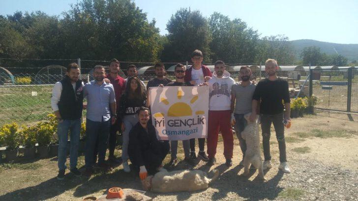 İYİ Gençlik Osmangazi'den Vefalı Proje!
