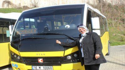 Bursa'da kadın şoförü gören araçtan inmek istedi, yolculuk yapınca hayran kaldı