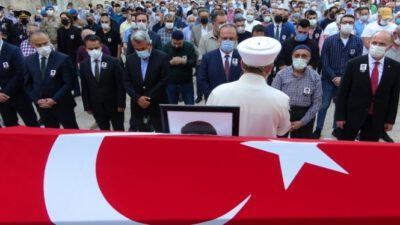 Bursa'da hayatını kaybeden kaymakam son yolculuğuna uğurlandı